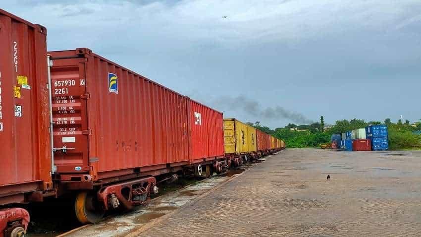 चावल एक्सपोर्ट के लिए इंडियन रेलवे ने चलाई स्पेशल ट्रेन, किसानों को होगा फायदा   Zee Business Hindi