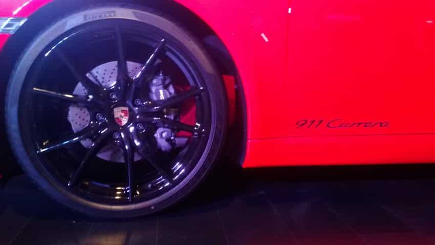 The wheels of the new 911 Carrera