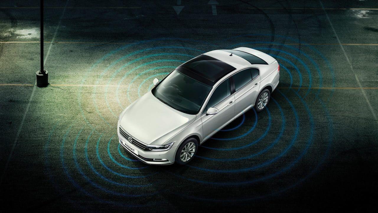 Volkswagen Passat Connect: Driving Experience