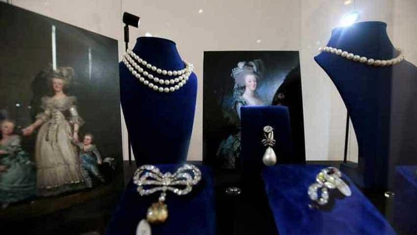Marie Antoinette Jewellry Auction: Austrian Archduchess