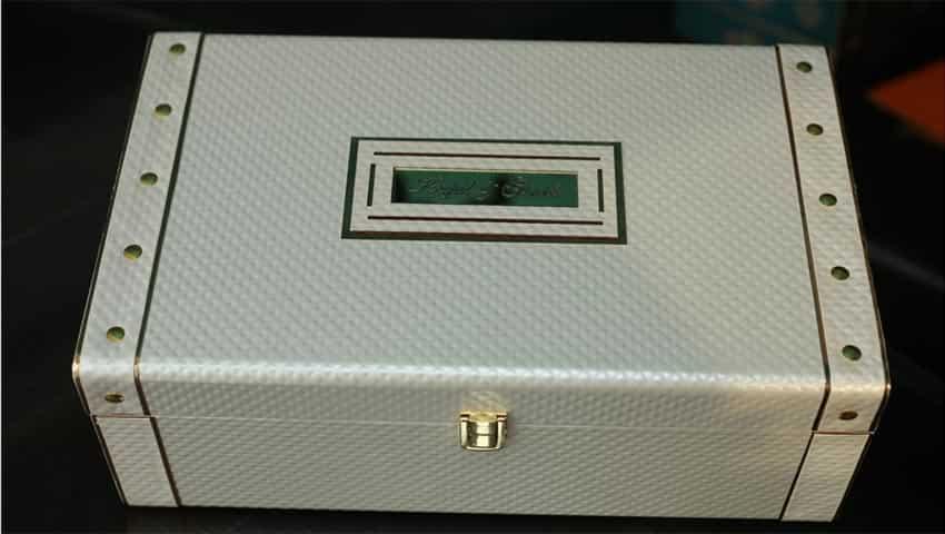 Kapil Sharma and Ginni Chatrath: Wedding box