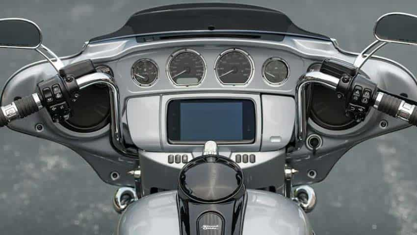 Street Glide Special: Infotainment system