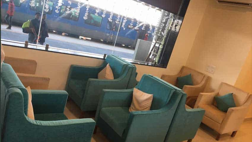 Indian Railways: Luxury Lounge