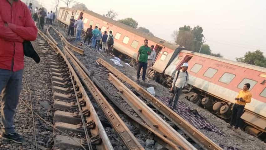 Howrah-New Delhi Poorva Express: Rescue operation