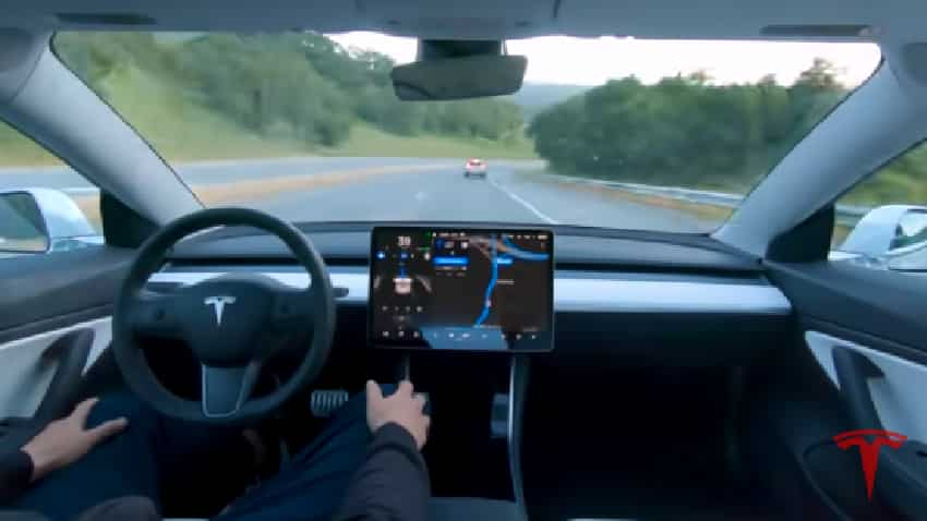 Tesla self-driving car timeline 2019: