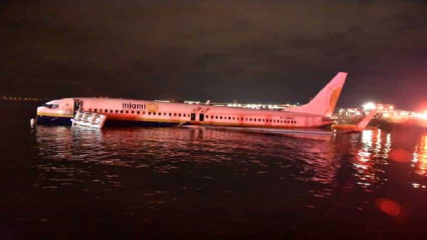 In Pics Boeing 737 Slides Off Runway Into Florida River