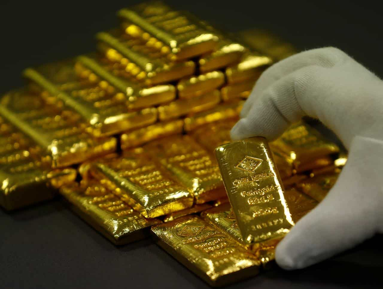 Gold Price Nears Rs 55 000 Per 10 Gm