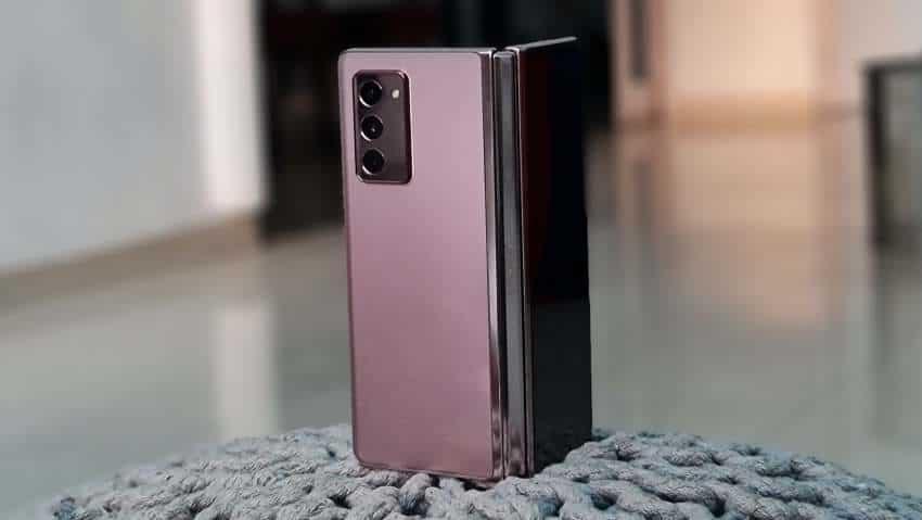 Samsung Galaxy Z Fold 2 camera