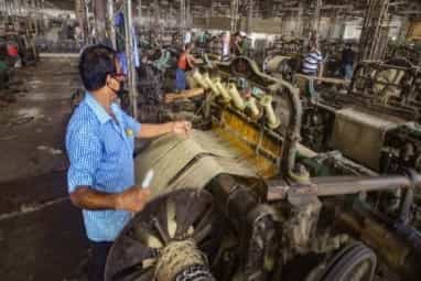Manufacturing sector recovers
