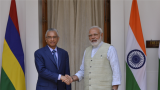 India extends $500-million credit line to Mauritius