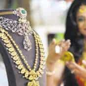 Gold Price To Fall? This is rate yellow metal may well hit and very soon at that - expert's prediction
