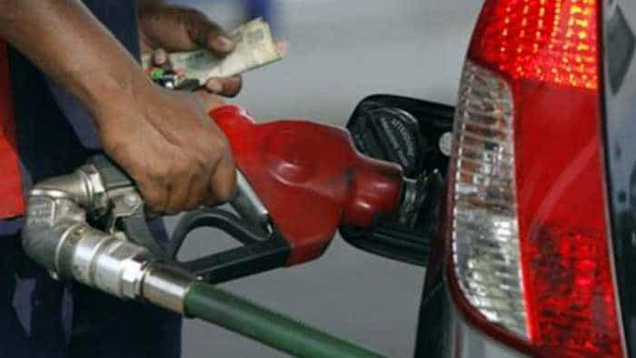 Petrol price sniffs at Rs 90 in Mumbai; 12 Maharashtra cities selling over Rs 91