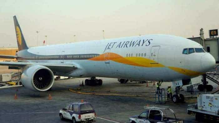Hungry, kia re? Jet Airways shocks, set to stop free meals in just days