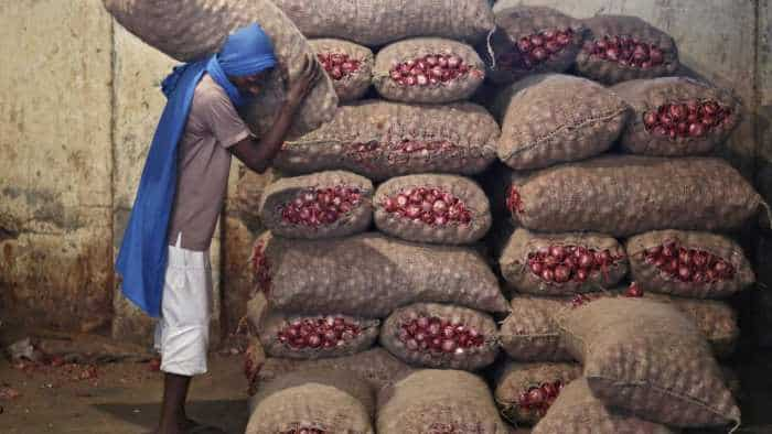 As onion prices rise in Delhi, Nafed set to boost supply, Mother Dairy may cut rates