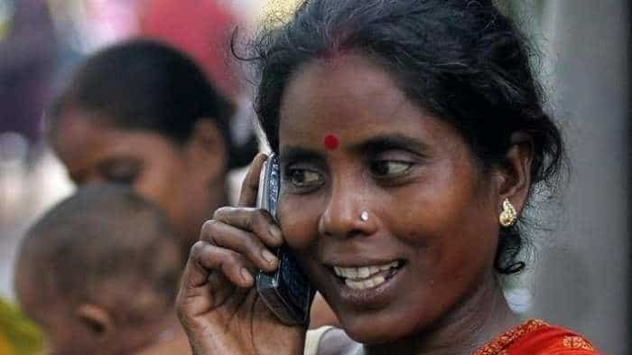 Odisha to provide free smartphones to 6 lakh women SHGs