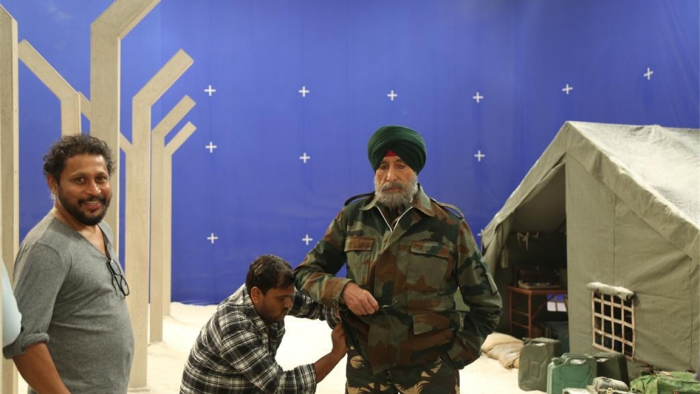 Amitabh Bachchan cans ad as a Sikh; Check photos
