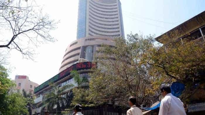 Reliance vs TCS, Infosys, HDFC, HUL, ICICI, SBI: Mukesh Ambani's company tops M-Cap chart