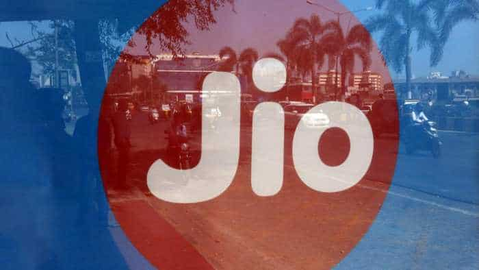 Reliance Jio 4G download speed tops chart; good news comes ahead of Q3 result