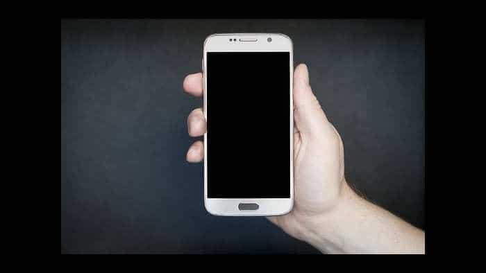 Stay safe! Xiaomi, OnePlus smartphones emit maximum radiation: Check list