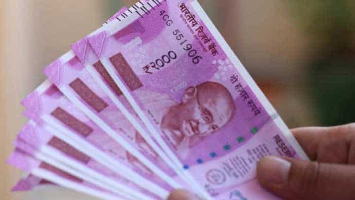 LIVE: BIG BOOST for employees! EPFO hikes interest rate on provident fund to 8.65% from 8.55%