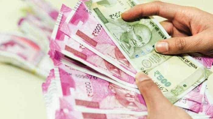 Rupee gains 2 paise to 71.22 vs US Dollar