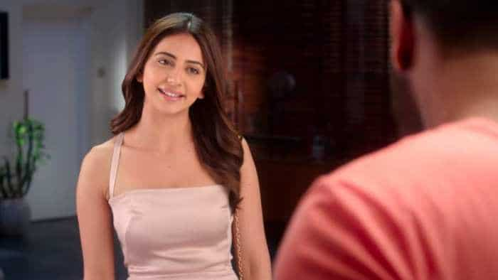 De De Pyaar De box office collection:  Ajay Devgn film witnesses better earnings, garners Rs 13.39 cr on Day 2