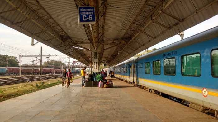 Put in waiting list by Indian Railways? How IRCTC's Vikalp scheme can help you