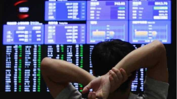 Global stock markets: Asia stocks flat, euro holds firm after fragmented Europe vote