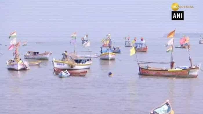 Cyclonic storm 'Vayu' to cross Gujarat coast on June 13: IMD