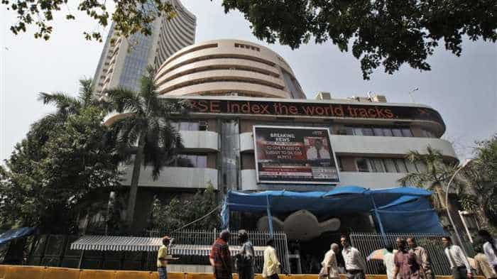 Yes Bank, Wipro, TCS, M&M major gainers today even as BSE Sensex, NSE Nifty open in red