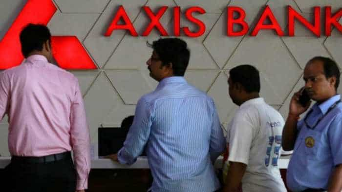 Axis Bank reports Rs 112 cr net loss in Q2, operating profit up by 45 pct