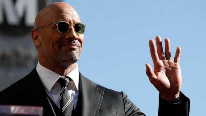 "Dwayne 'The Rock' Johnson is finally unemployed! Shockingly, he's ''lovin' it"""