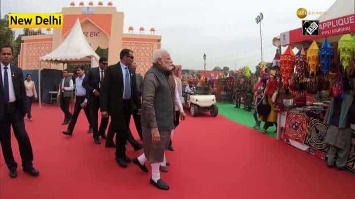 PM Modi visits craft fest 'Hunar Haat' in Delhi