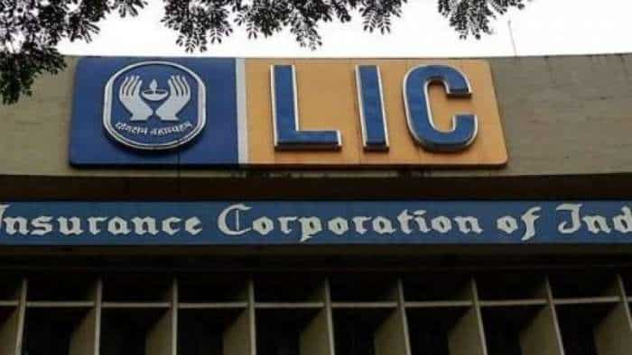 LIC announces 218 vacancies for AAO/AE/AA posts; Check Syllabus & Exam Pattern details here