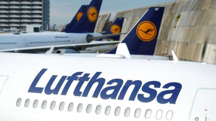 Edging closer to bailout, Lufthansa accepts tweaked demands by Brussels