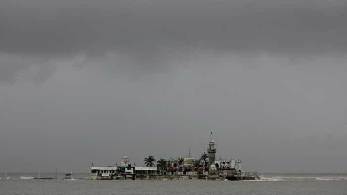 Cyclone Nisarga in mumbai: Storm to hit Maharashtra and Gujarat today; landfall at noon
