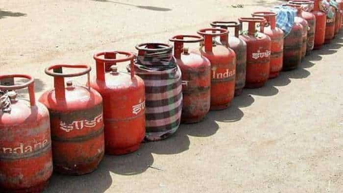 LPG gas subsidy online check: Here is a step by step guide to negotiate official website mylpg.in