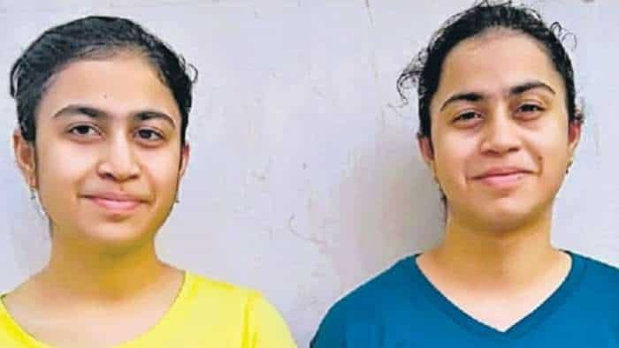 CBSE 12 Result: 95.8%! Identical twins, identical marks! Amazing story of Greater Noida sisters Mansi-Manya