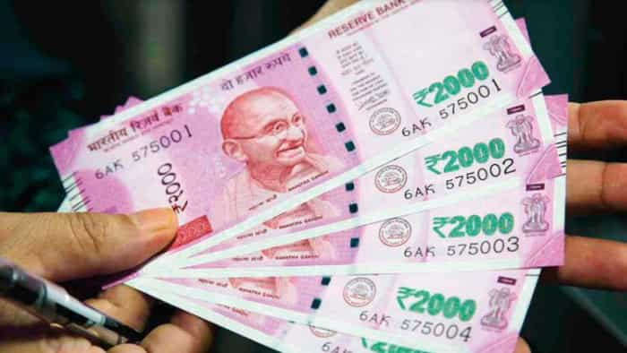 7th Pay Commission latest news: Starting salary from Rs 67,700 plus DA, HRA; check 7th CPC central government offer at upsconline.nic.in