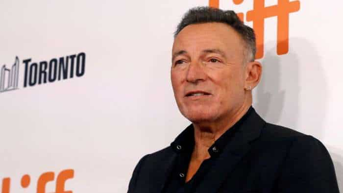 Drunken driving charge dropped against Springsteen; $500 fine for drinking at beach
