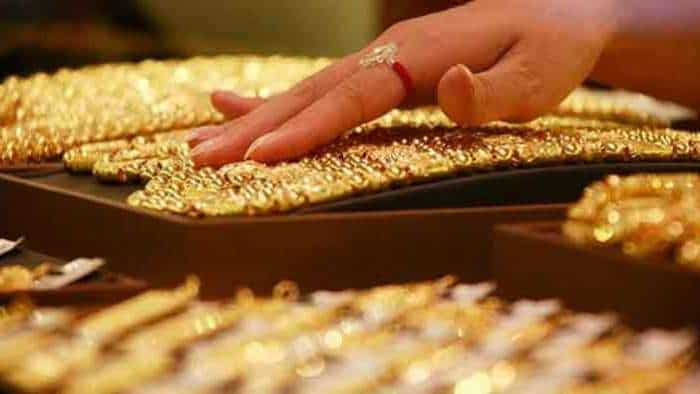 Gold Price outlook, correction, resistance and target—EXPLAINED! This is what Experts say about yellow metal in near to medium term