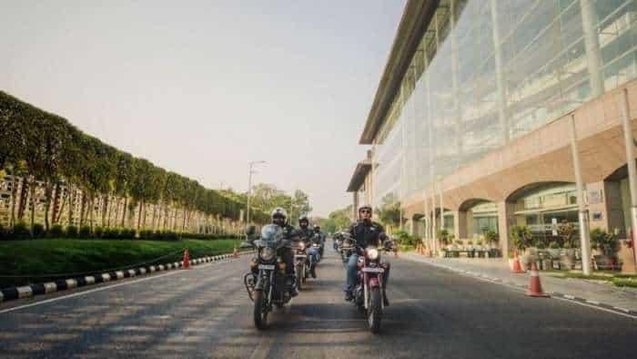 AMAZING PICS from International Jawa Day 2021! Jawa, Yezdi motorcycles fans come TOGETHER - RECORD!