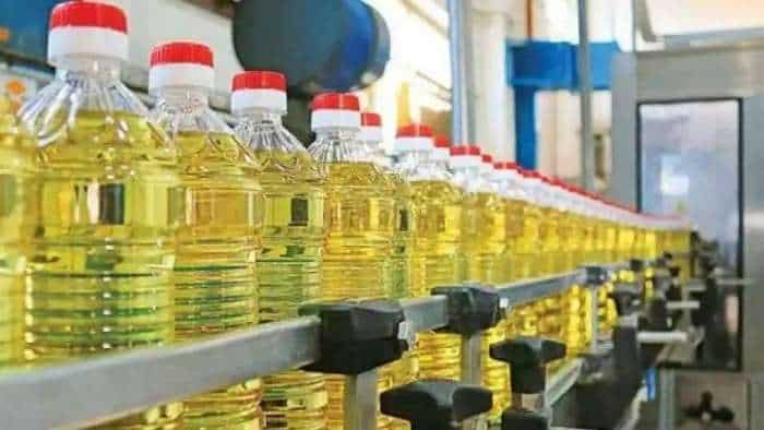 Edible oils daily wholesale prices drop significantly; web portal underway to monitor stocks