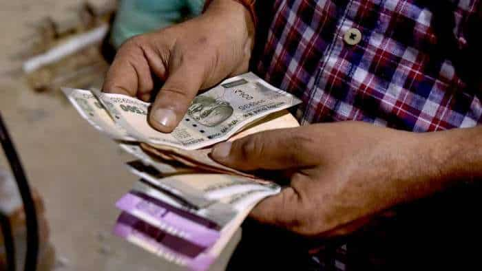 Rupee recovers 13 paise to close at 73.61 against US dollar