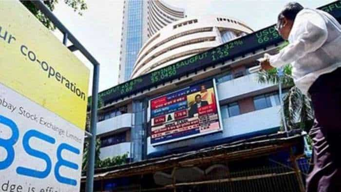 Dalal Street Corner: Profit booking hits D-Street! What should investors do on Wednesday?