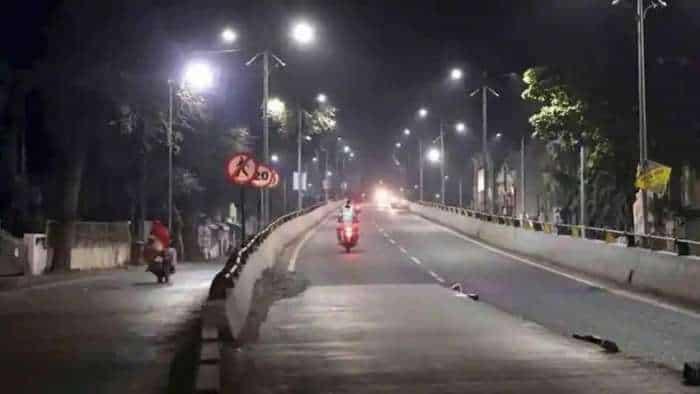 Corona night curfew lifted in Uttar Pradesh