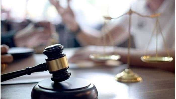 NCLAT asks NCLT to provide hearing opportunity to 2 top Videocon Telecom execs whose bank a/cs were frozen