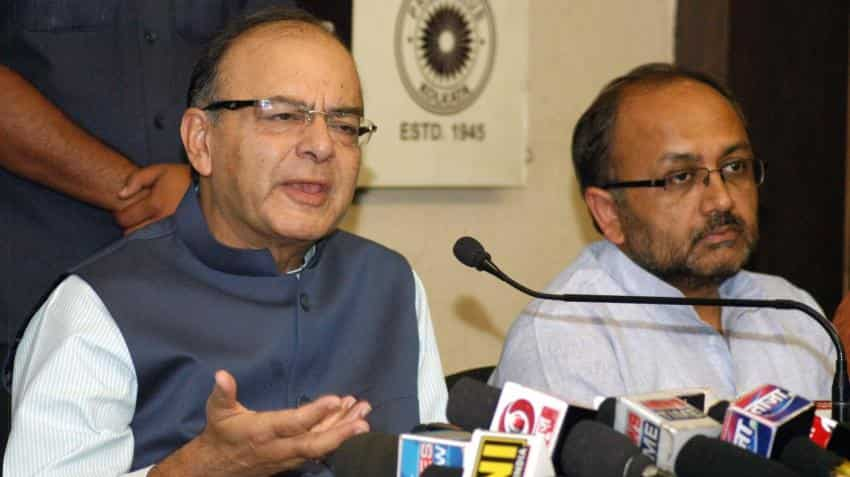 Arun Jaitley lowers EPF rate to 8.7% for FY16; trade unions protest