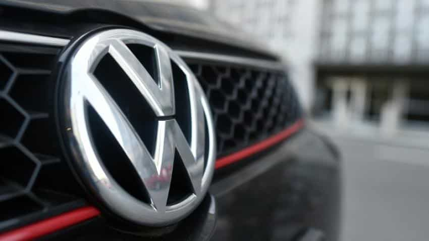Despite loss due to emission scandal, top executives will be paid Rs 479 crore for 2015: Volkswagen