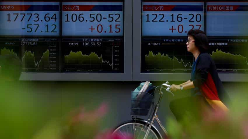 Asian stocks pare gains, yen rallies to 18-month high